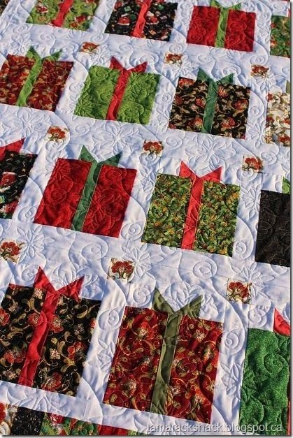 flurry quilt christmas quilts christmas quilt patterns Christmas Quilt Designs Free