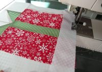 christmas gifts quilt block tutorial christmas present Christmas Gift Quilt Pattern
